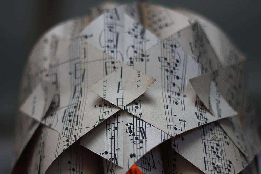 Sheet-Music-Lamp